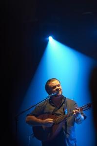 Perry sjunger Cornelis och annat