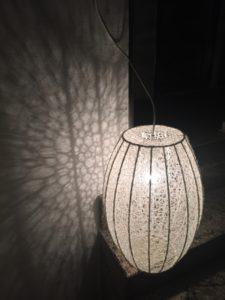 broderi-lampe